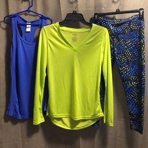 Bundle workout Long Sleeve V-neck, leggings & Tank